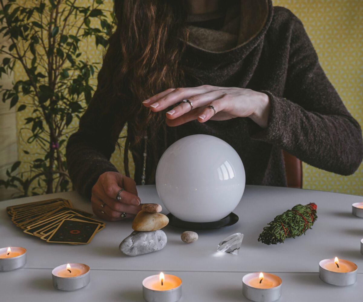 alchemy-astrology-ball-candles-cards-charm-crystal-culture-dark-desk-druid-enchantment-esoteric_t20_WgLXZ4